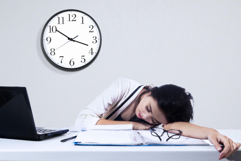 sleeping-manager-2.jpg